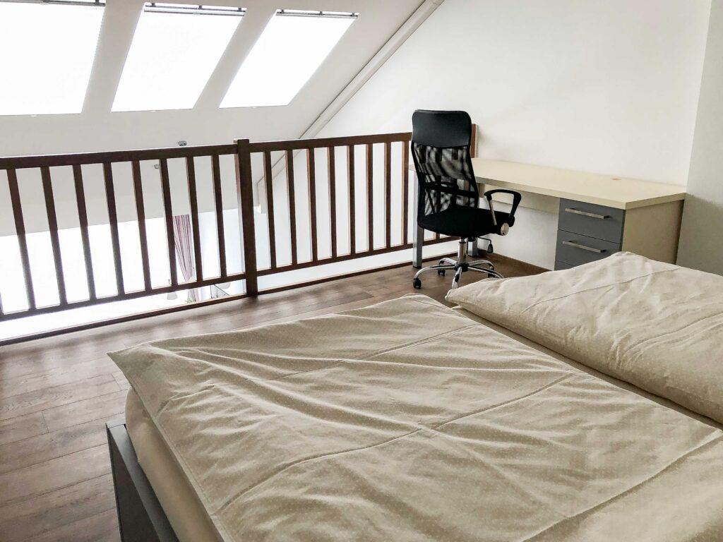 Apartman Slavia Holešov - pracovní stůl